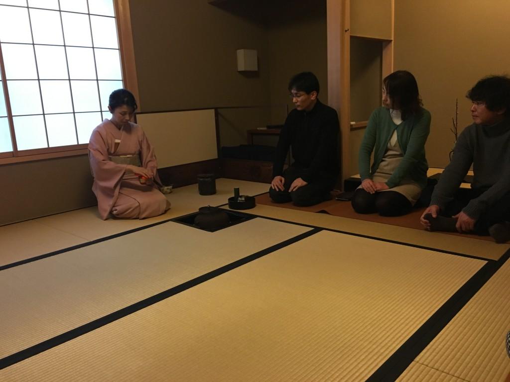 奈良観光 珠光茶会表千家と裏千家の初心者体験に行きました。