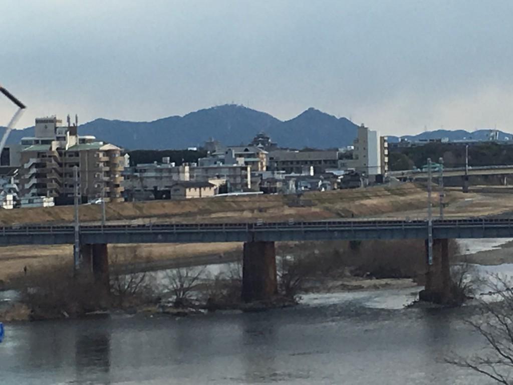 山陽新幹線の車窓から見える景色を紹介します
