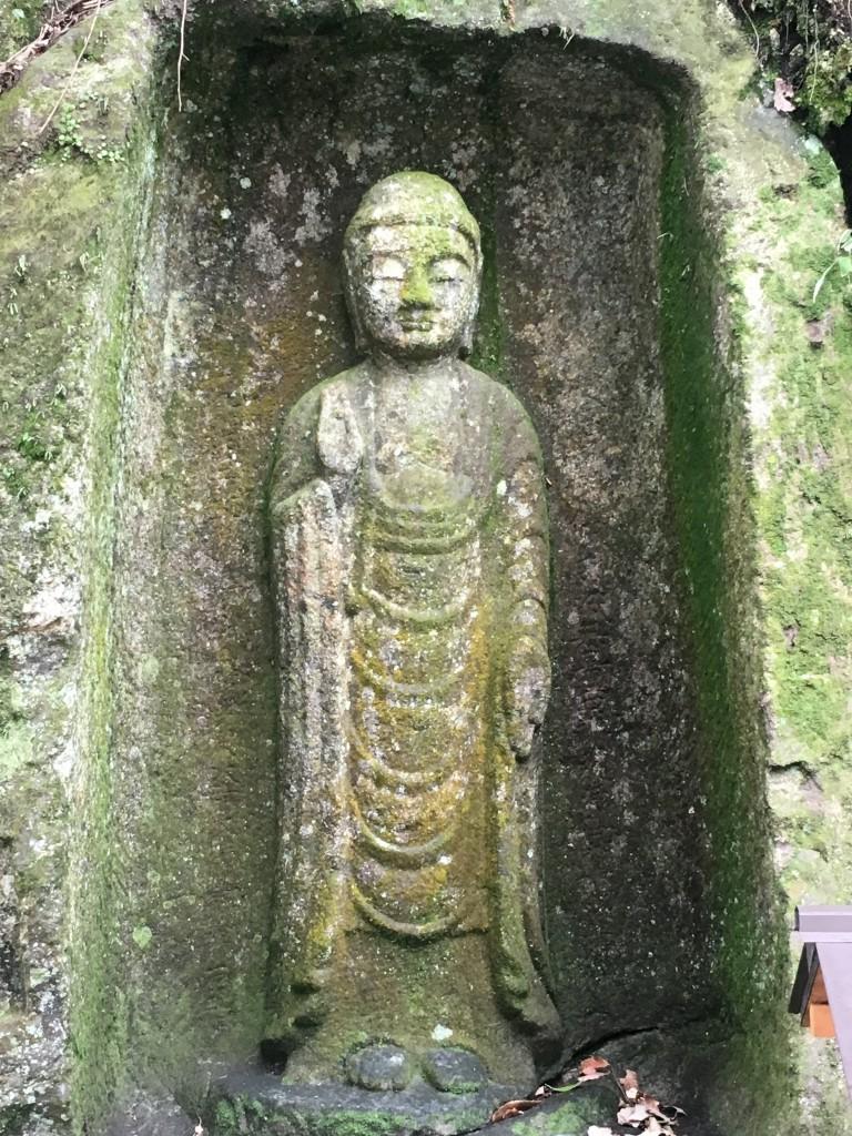 奈良観光に奈良の石仏を紹介します
