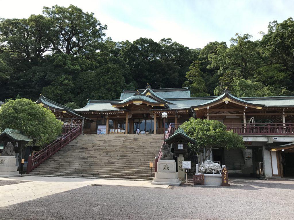長崎諏訪神社鎮西大社のご利益や御朱印・アクセスについて