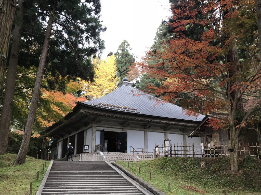 平泉の歴史観光は中尊寺金色堂や毛越寺・義経堂がおすすめ