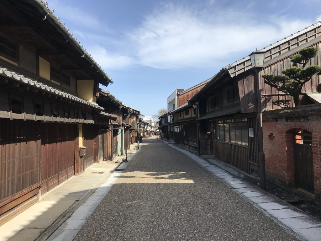 亀山関宿観光のみどころの町並みとカフェやアクセス・駐車場